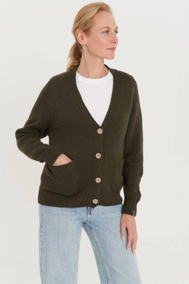 merino vilnos megztinis su sagomis