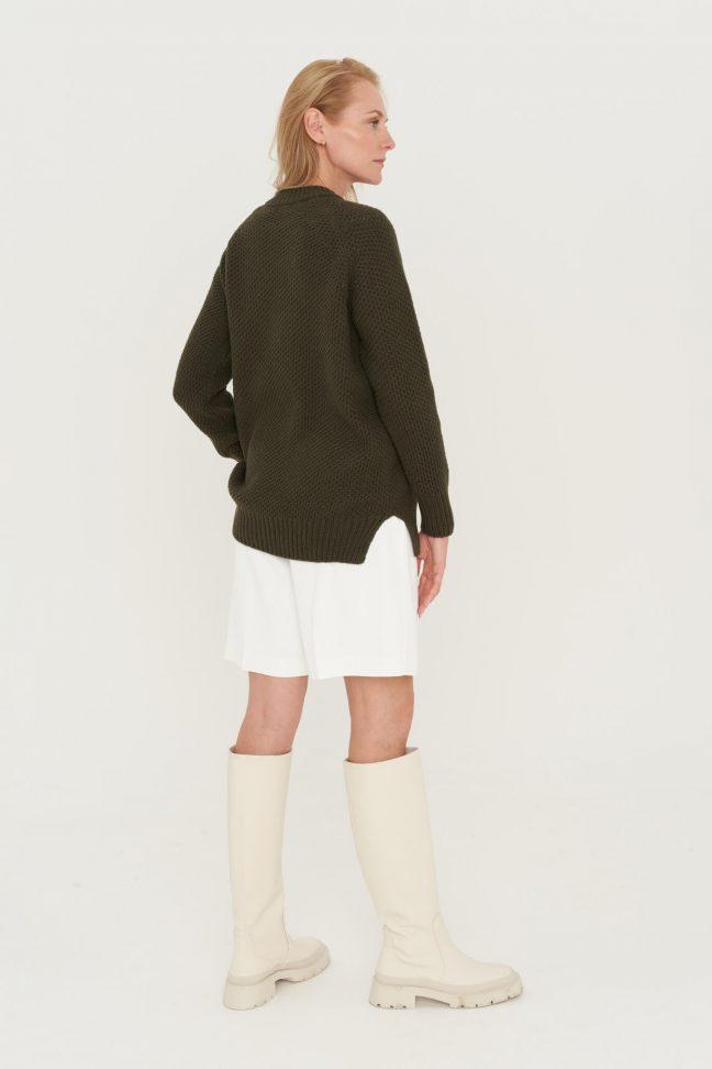 minimalistinis merino ir kašmyro vilnos megztinis su skeltuku