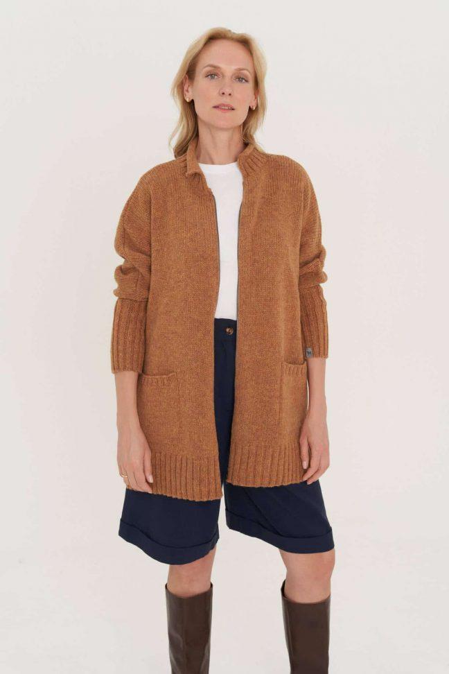natūralios vilnos oversized megztinis